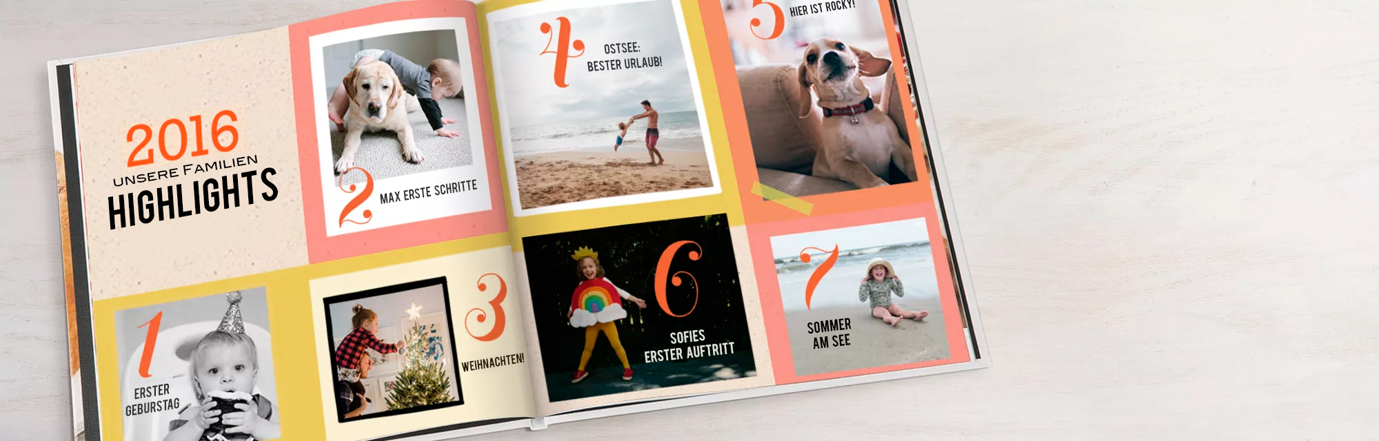 Zeigen Sie Ihr Jahr : Erleben Sie noch einmal jedes gewonnene Spiel, verlorenen Zahn, genommenen Urlaub und jeden großen Moment mit einer Familie mit einem Fotojahrbuch.