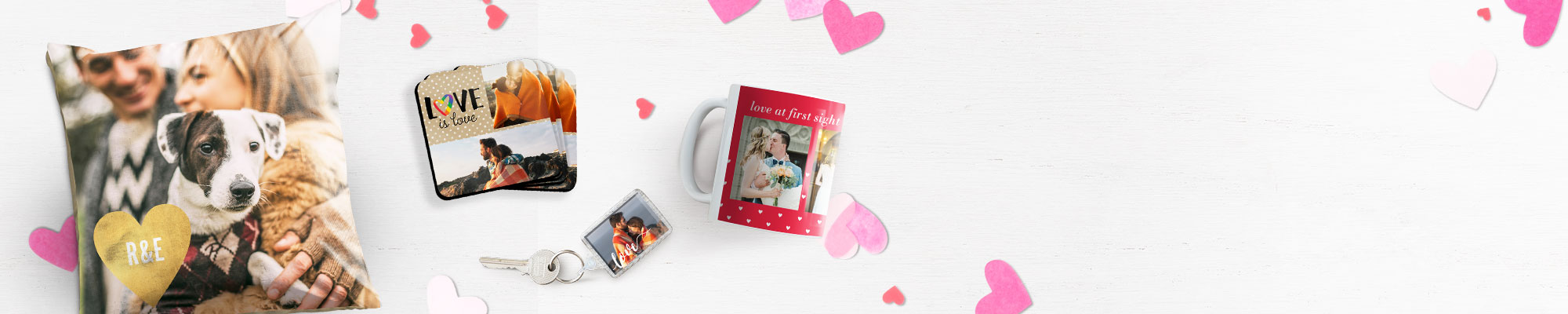 Photo Gifts : Find all the perfect spaces to show off your favourite faces, hobbies, and adventures.