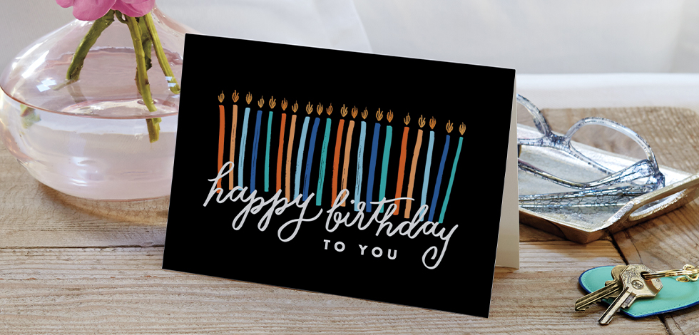 SHARE SOME BIRTHDAY LOVE WITH CUSTOM GREETING CARDS
